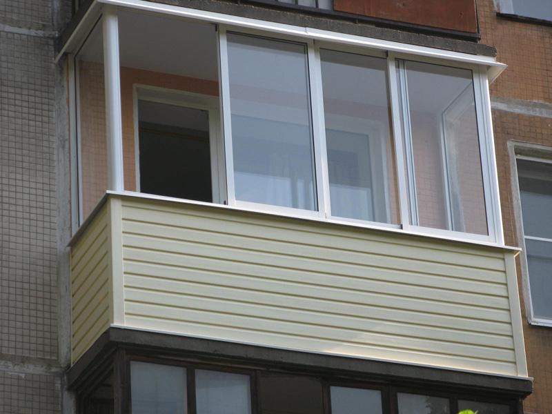 алюминиевый балкон с сайдингом